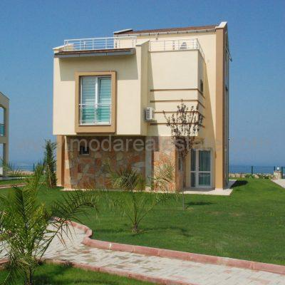 DETACHED SEA VIEW VILLAS
