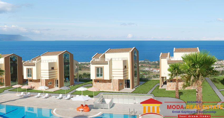 Detached villa with panoramic sea views