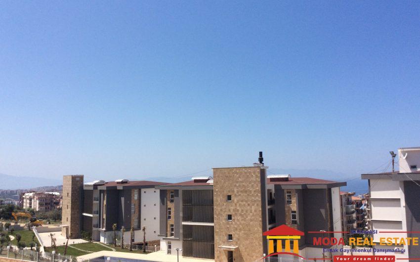 Merkezde Deniz manzarali guvenlikli luks residence daire