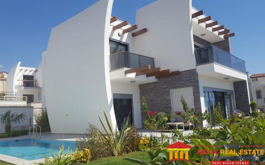 DETACHED LUXURY VILLAS